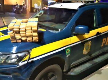 Itabuna: Casal é preso após polícia encontrar quase 30 kg de maconha em mala de carro