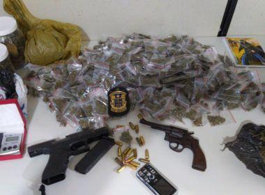 Carro roubado é recuperado em Feira de Santana e Polícia apreende armas e drogas
