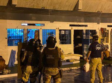 Operação que combate PCC cumpre mandados na Bahia e em mais 9 estados