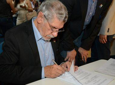 Herzem Gusmão vai se comunicar por gestos ou sinais em cerimônia de posse