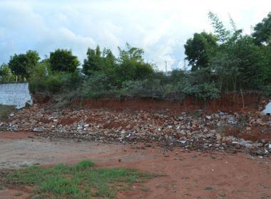 Mairi: Muros de estádio e cemitério desabam após chuvas