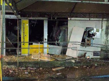 Conceição da Feira: Banco é explodido por quadrilha e estilhaços atingem outra agência