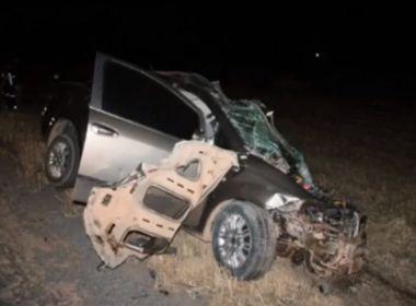 LEM: Mulher morre após colisão entre carro e caminhão carregado de soja