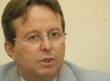 PT intervém em eleição e Humberto Costa será candidato em Recife