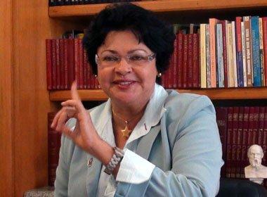 Camaçari: Luiza Maia pretende levar caso incineração de material tóxico à Justiça