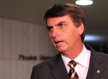 'Não sou chegado em rabo peludo', diz Bolsonaro ao aceitar convite de festival gay