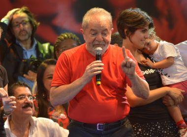 'Galego, faça como eu: não baixe a cabeça', aconselha Lula a Wagner após ação da PF