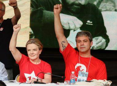 Gleisi Hoffmann e Lindbergh Farias querem incluir 'Lula' aos nomes parlamentares