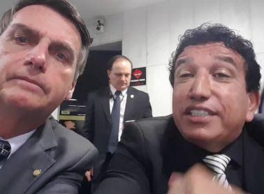 Bolsonaro fala em noivado com Magno Malta para vice e diz que não vai procurar partidos
