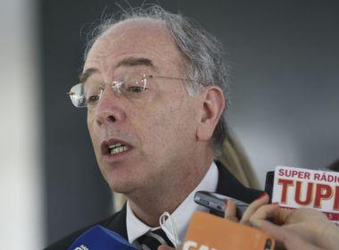 Parente ficou na Petrobras enquanto podia influenciar escolha de sucessor, diz coluna
