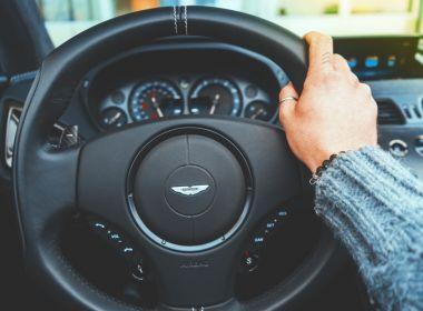 Mulheres da Arábia Saudita adquirem direito de dirigir veículos