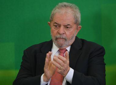 Desembargador determina que Lula seja solto em uma hora