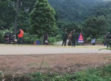 Treinador de futebol e 12 jovens são resgatados de caverna na Tailândia