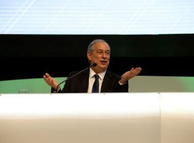Dirigentes de partidos do centrão pedem que Ciro modere críticas a Temer, diz coluna