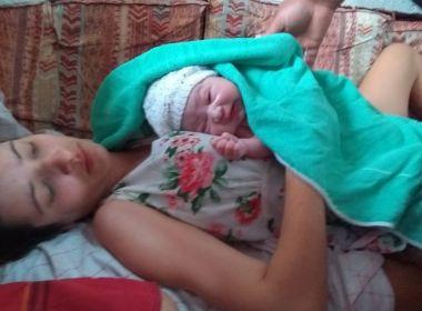 Por telefone, PM ajuda avô a realizar o parto da própria neta