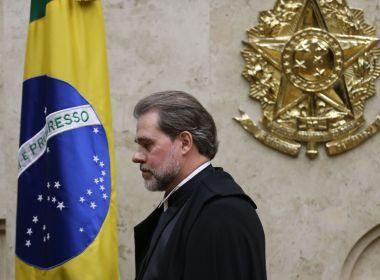 Recém-empossado presidente do STF, Toffoli assume Presidência da República pela 1ª vez