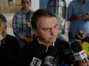 Bolsonaro critica posicionamento de Joaquim Barbosa; ex-ministro rebate