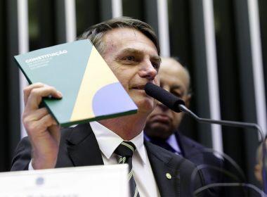 Em Brasília, Bolsonaro diz que a Constituição é o único 'norte' da democracia