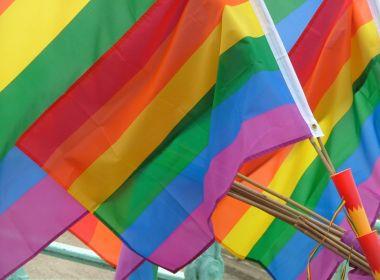 Escócia se torna o primeiro país a aprovar educação sobre LGBTI nas escolas
