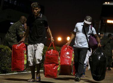 Bolsonaro sugere criação de campo de refugiados para venezuelanos