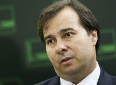 Rodrigo Maia sanciona texto que afrouxa Lei de Responsabilidade Fiscal para municípios