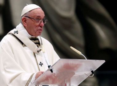 Papa anuncia medidas da Igreja Católica para conter abusos contra crianças
