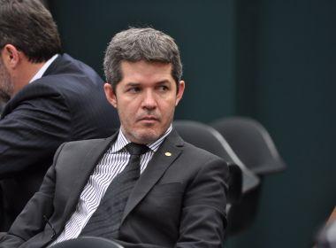 'Maia é o primeiro-ministro. Se a reforma passar, é mérito dele', diz líder do PSL
