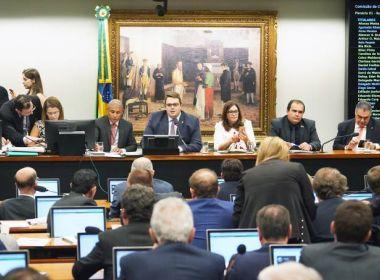 Três baianos votam a favor e um contra reforma da Previdência na CCJ; confira nomes