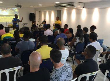 Primeira igreja evangélica LGBT em Salvador ganha sede; fundador diz que 'Deus ama todos'