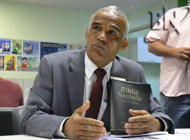 Isidório se dispõe a discutir com Bolsonaro: 'Pra conversar com doido, só outro doido'
