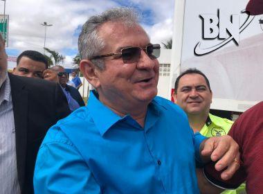 Coronel defende pôr 'mordaça na boca' de Bolsonaro para evitar 'diarreia verbal'