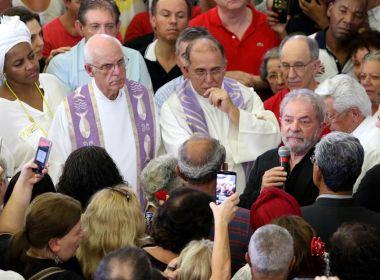 Mensagens mostram que procuradores ironizaram morte de Marisa e luto de Lula