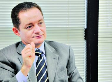 Ligado a Augusto Aras, procurador defende limite à liberdade de professor em sala de aula
