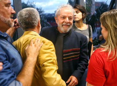 PRESIDENTE DO TRF-4 DIZ QUE LULA POSSUI 'REGALIAS' NA PRISÃO