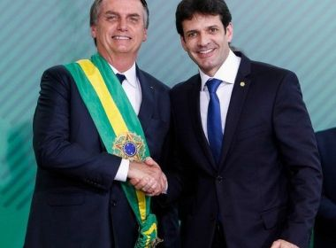 Ex-assessor aponta ligação de Ministro do Turismo e Bolsonaro em caixa dois