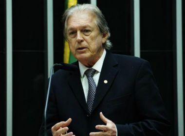 Presidente do PSL é alvo de buscas da PF no caso dos laranjas do partido de Bolsonaro