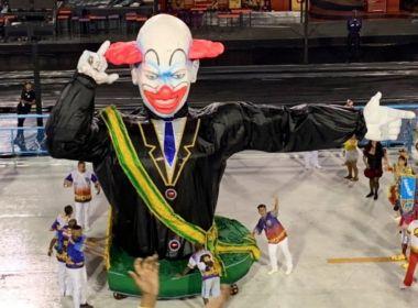 Vigário Geral leva ao Sambódromo o palhaço Bozo e faz crítica a Bolsonaro