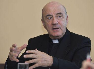 Arquidiocese de Salvador recomenda omissão do 'abraço da paz' para evitar coronavírus