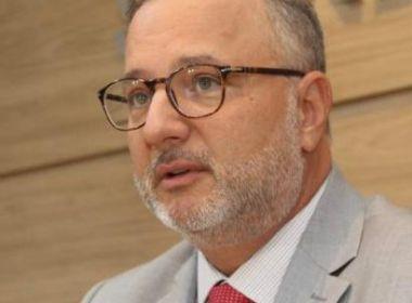 Fala de Bolsonaro poderia causar pedido de exoneração em massa de gabinete, diz Vilas-Boas