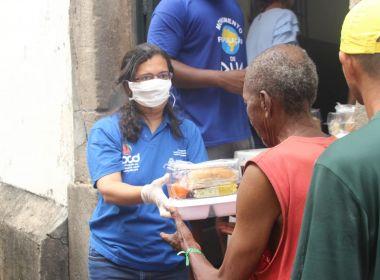 Prefeitura de Salvador distribui 3 mil quentinhas para população em situação de rua
