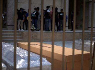 Equador retira mais de 700 corpos em casas de Guaiaquil, foco da Covid-19