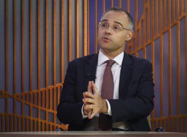 Bolsonaro nomeia Mendonça como ministro da Justiça; Ramagem é confirmado na PF