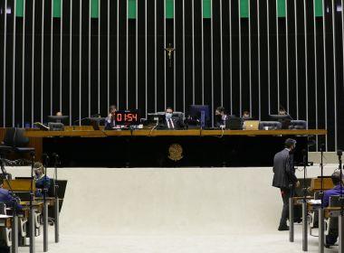 Acordo para adiamento das eleições para novembro avança na Câmara