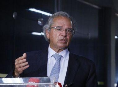 Governo vai remanejar recursos para fazer investimentos sem 'furar' teto de gastos, diz Guedes