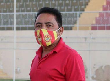 Roberto Carlos é internado em UTI após complicações leves causadas pela Covid-19