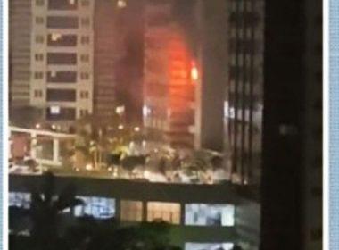 Ar condicionado causa incêndio em apartamento no Greenville, em Salvador
