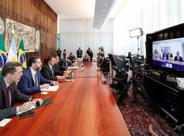 Bolsonaro faz primeira reunião bilateral com presidente da Argentina, Alberto Fernández