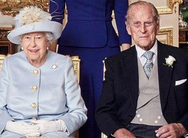 Rainha Elizabeth II e Príncipe Philip são vacinados contra a Covid-19 no Reino Unido
