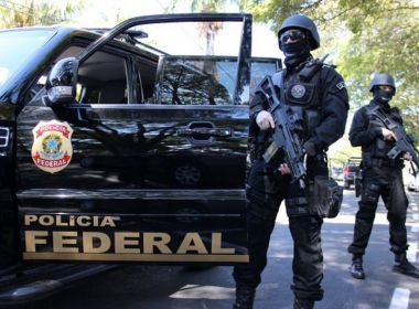 Polícia Federal cumpre mandados na Bahia em operação nesta quinta
