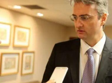 Bolsonaro dá aval para que novo ministro da Justiça troque diretor-geral da PF